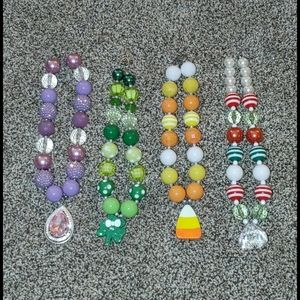 Children's chunky necklaces